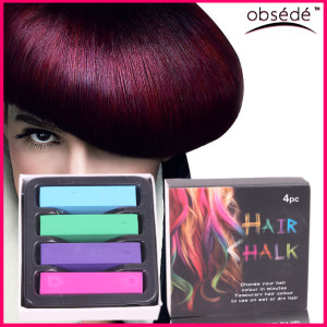 modni-barevne-kridy-na-vlasy