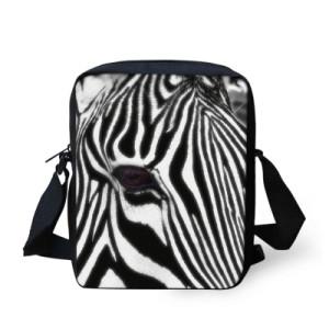 taska-pres-rameno-crossbody-animals-3D-motiv-zebra