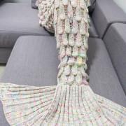 pletena-prakticka-tepla-deka-morska-panna-10