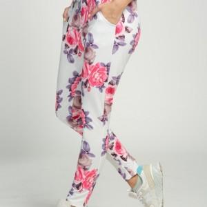 damske-kvetovane-pohodlne-modni-kalhoty-teplaky-1