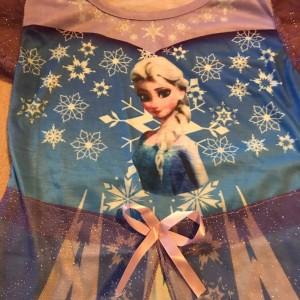 saty-ledove-kralovstvi-frozen-Elsa